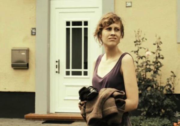 In der Ferne das Meer Anja Thiemann Auf der Straße imbissfilm